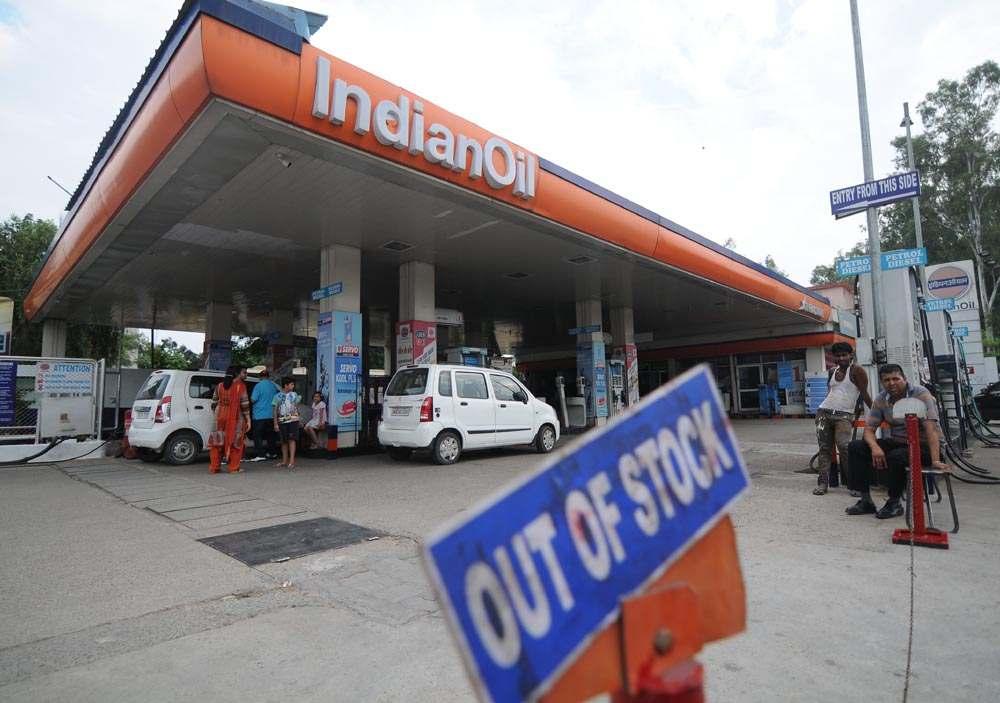 2108 petrol pump 2