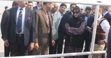 chief-minister-mehbooba-mufti-visit-4th-bridge-4