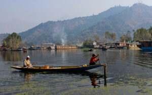 dal-lake-kashmir