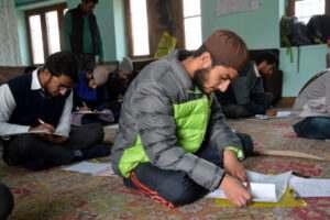 kashmir-exams-2