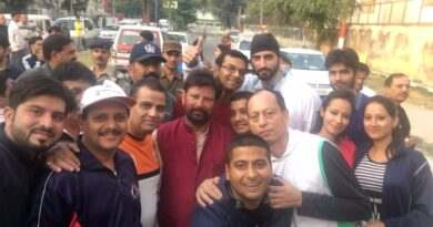members-of-bdsi-with-ch-lal-singh-ji-after-the-successful-completion-of-promo-run