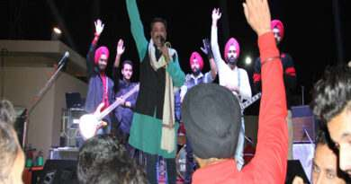 roving-sikhs