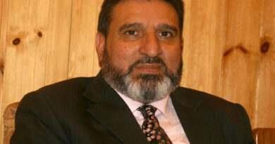 Altaf Bukhari condemns killing of BJP leader, family members in Bandipora