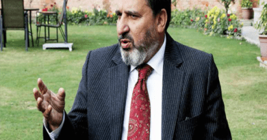 Altaf Bukhari challenges Azad to prove his allegations or quit from Parliament