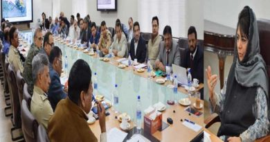 cm-reviews-upgradation-of-srinagar-jammu-airports-14