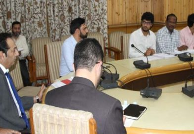 Div Com directs DCs to constitute squads to check attendance in Govt offices