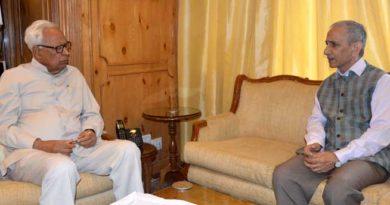 governor-meeting-sh-dineshwar-sharma