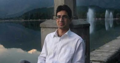 """ I am inspired by Imran Khan"": Shah Faesal"