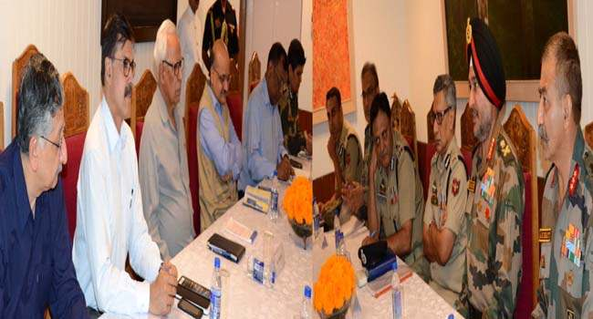 governor-chairing-security-review-at-rajbhavan-10