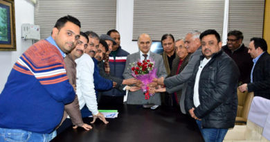 Jammu traders' delegation meets Advisor KK Sharma