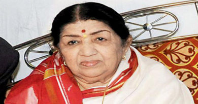 Lata Mangeshkar announces Rs 1 crore help to Indian Army