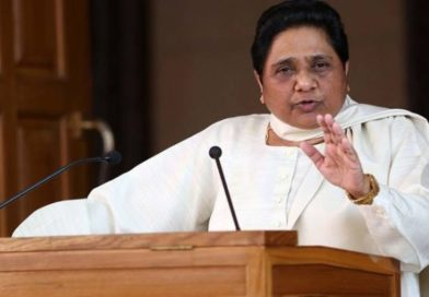 Mayawati makes her break up with Akhilesh Yadav's SP permanent, says will fight all elections alone