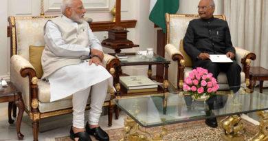 PM Modi to meet President Kovind to stake claim to form new govt