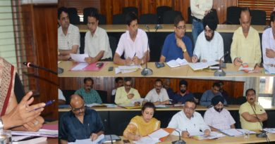 DC Jammu reviews progress on languishing projects