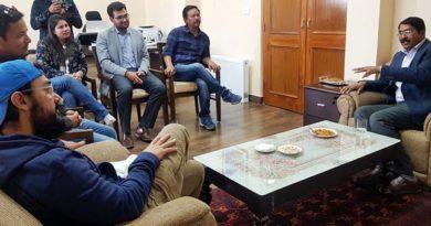 Actor Aamir Khan, Div Com Ladakh discuss Water Conservation measures